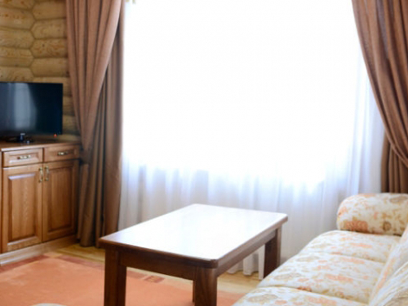 Hotel_0005_photo-189-900x700