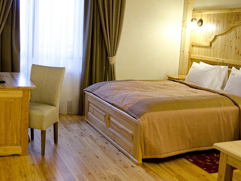 Hotel_0009_photo-95-900x700