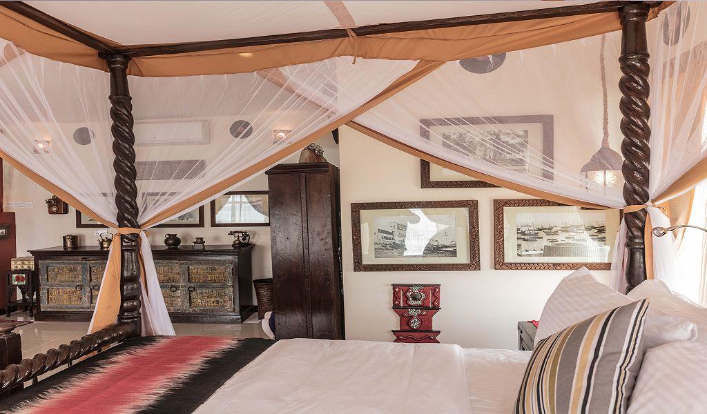 Signature-Beach-suites-11