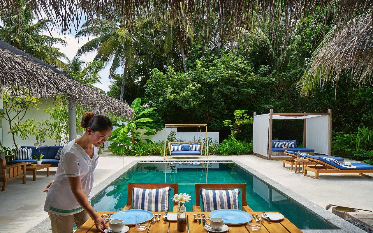 20- Beach Residence outdoor living room