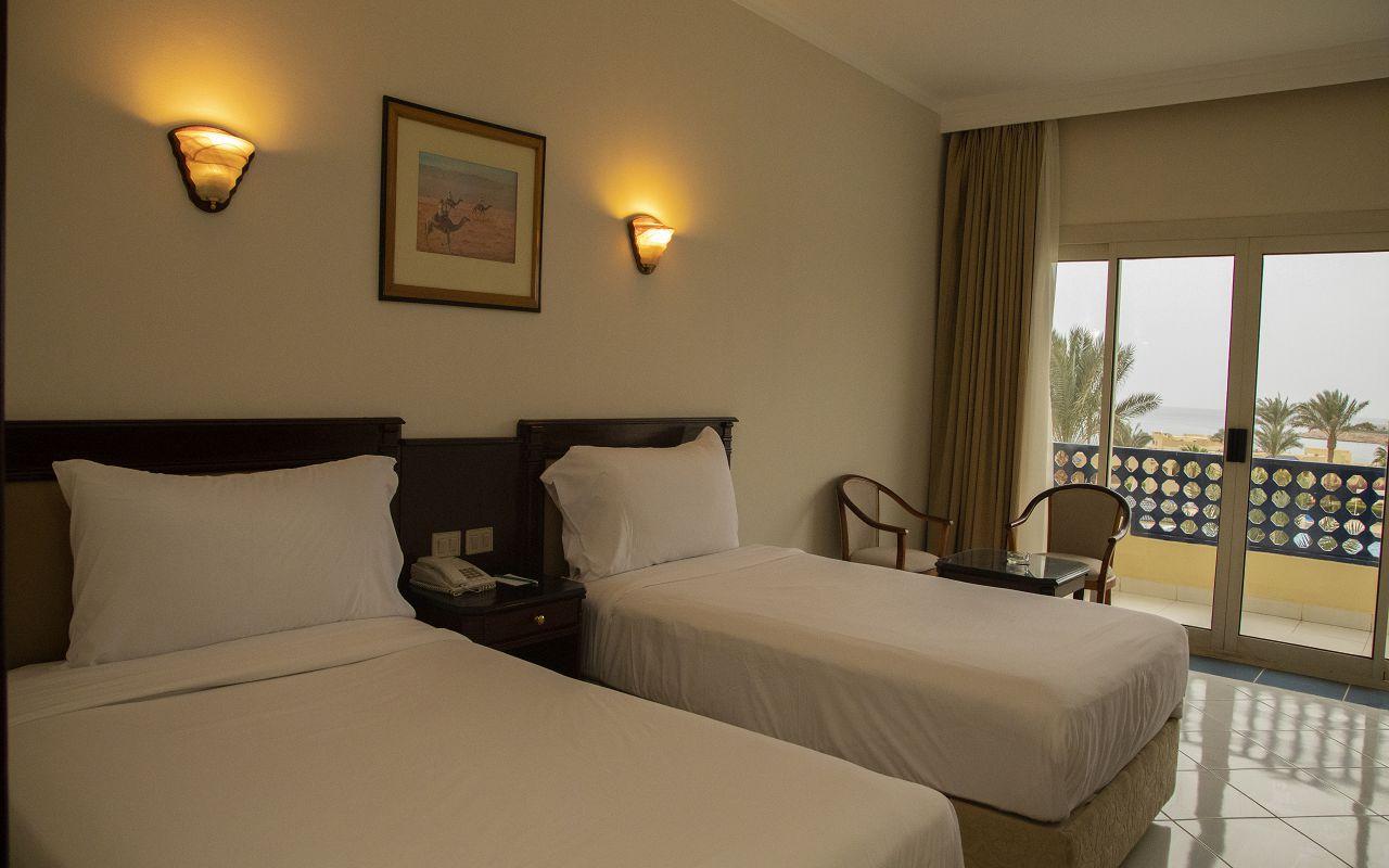 4Grand Oasis Resort (3)-min