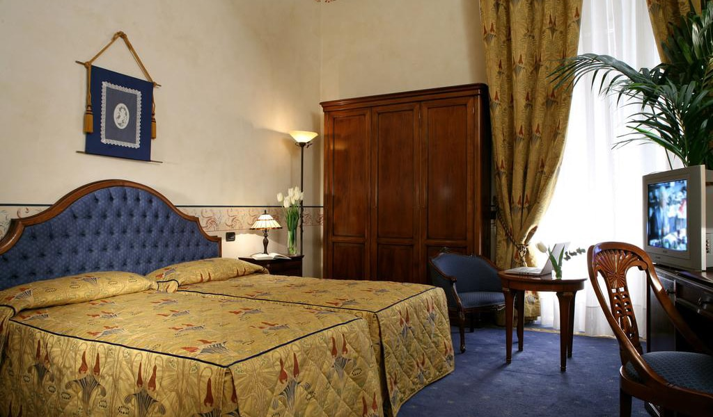 Deluxe Double or Twin Room2-min
