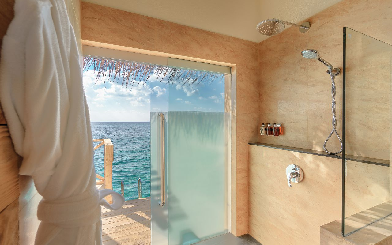Dolphin Villa with Pool (7)