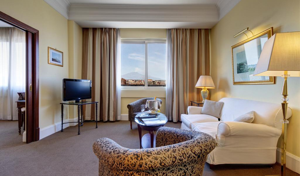 Grand Suite with Double Bed and Balcony or Terrace2-min