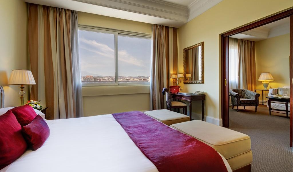 Grand Suite with Double Bed and Balcony or Terrace4-min
