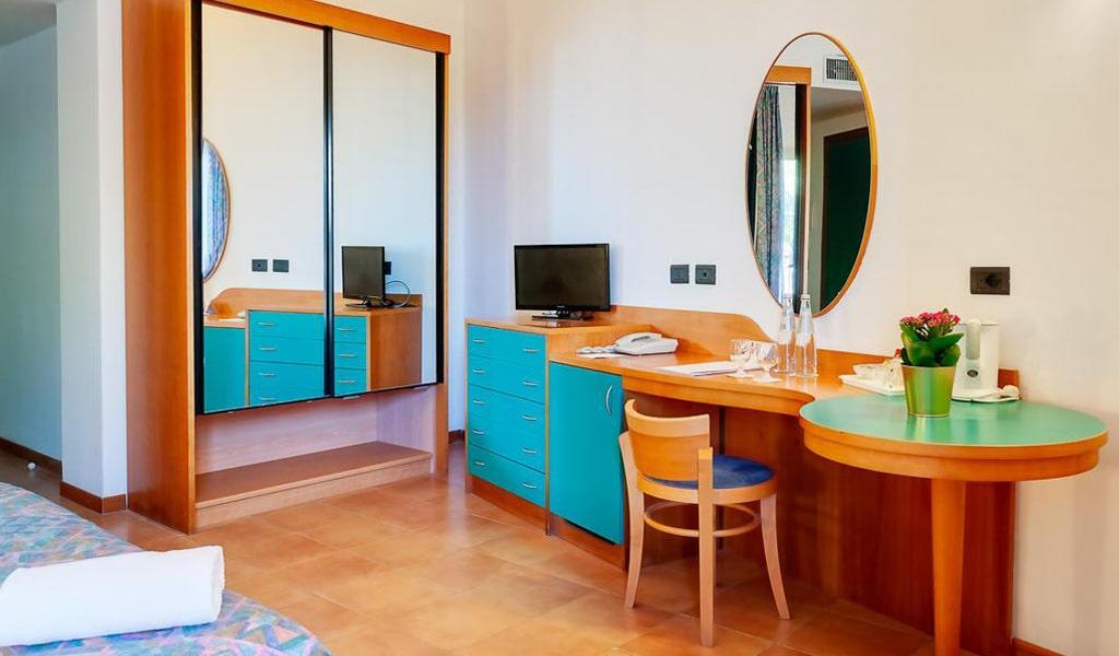 Hotel Antares (10)