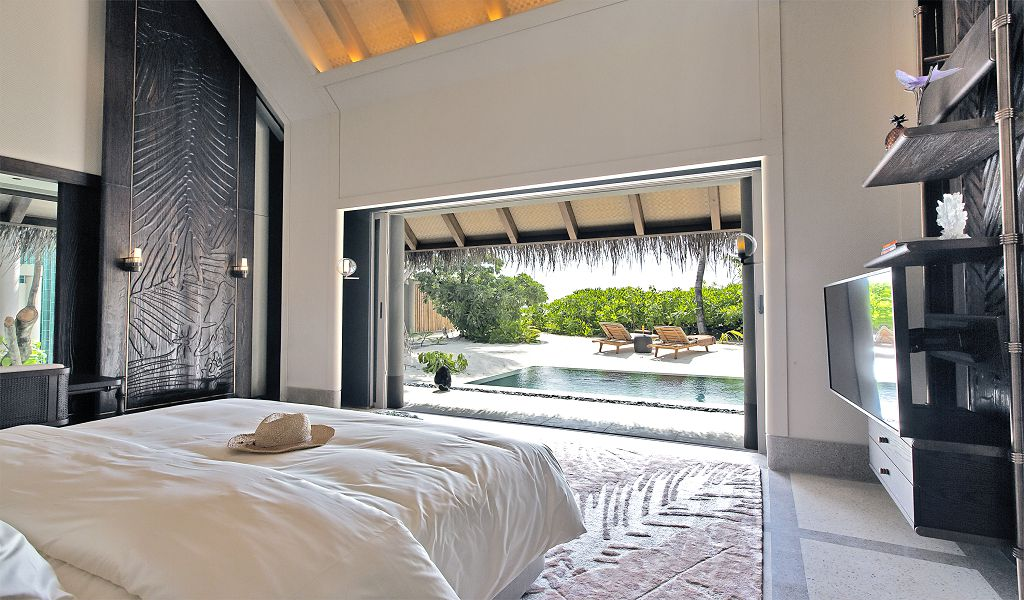 Luxury Beach villa (1)