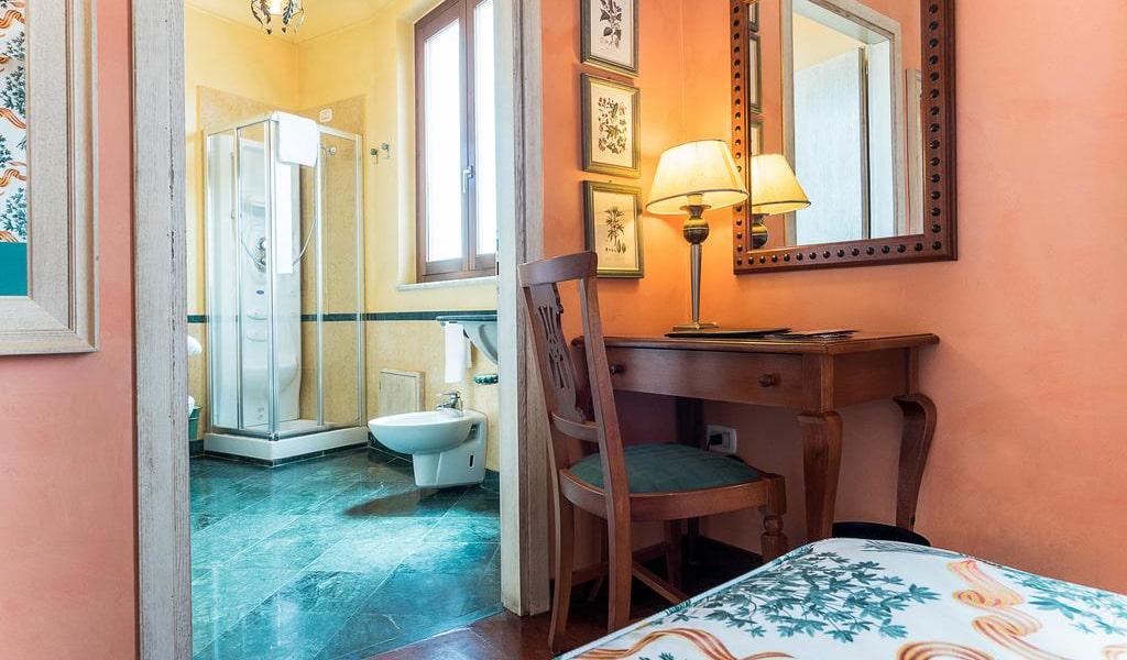 Standard Double Room (1 Adult)6-min