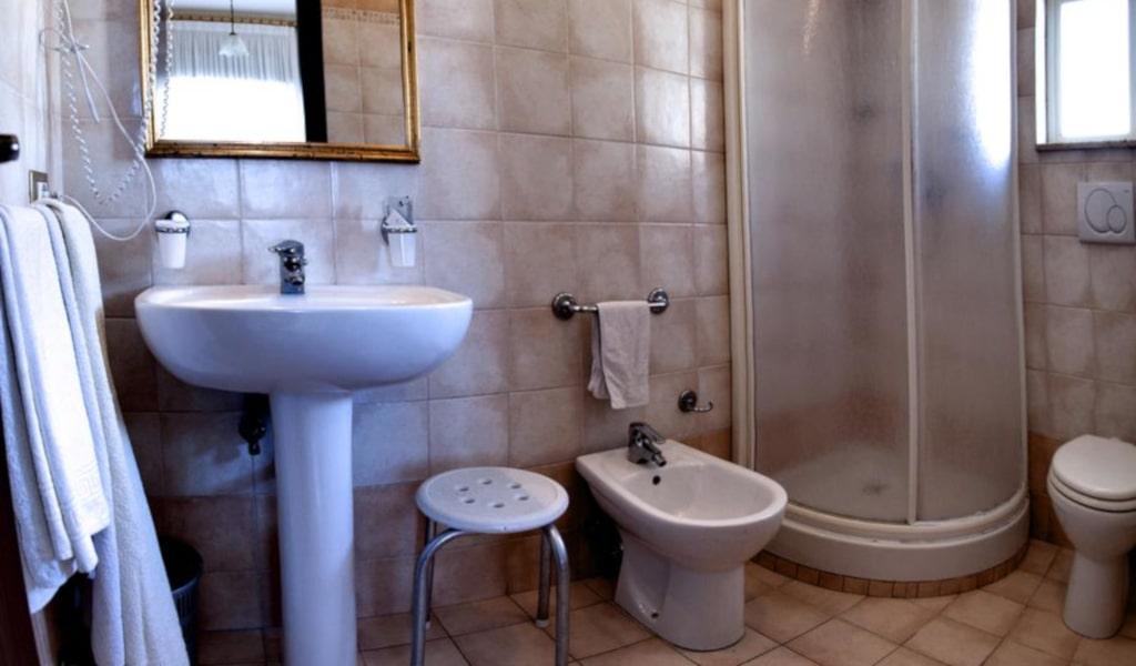 Standard Single Room2-min