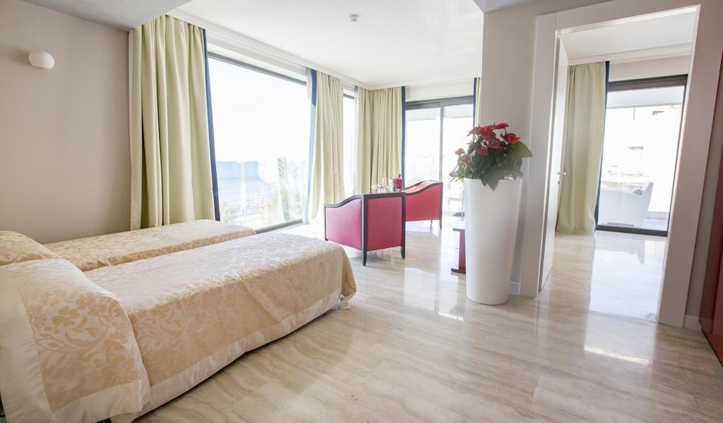 Suite11-min