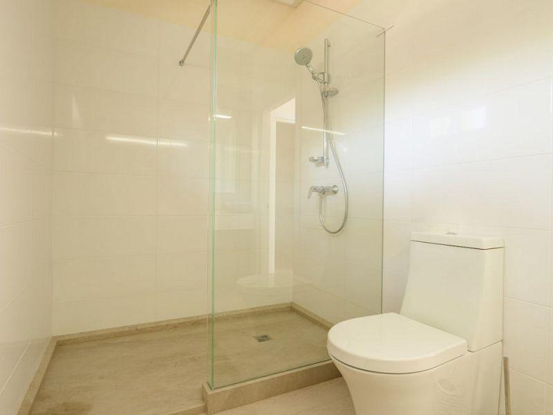 room-toilet-870x720