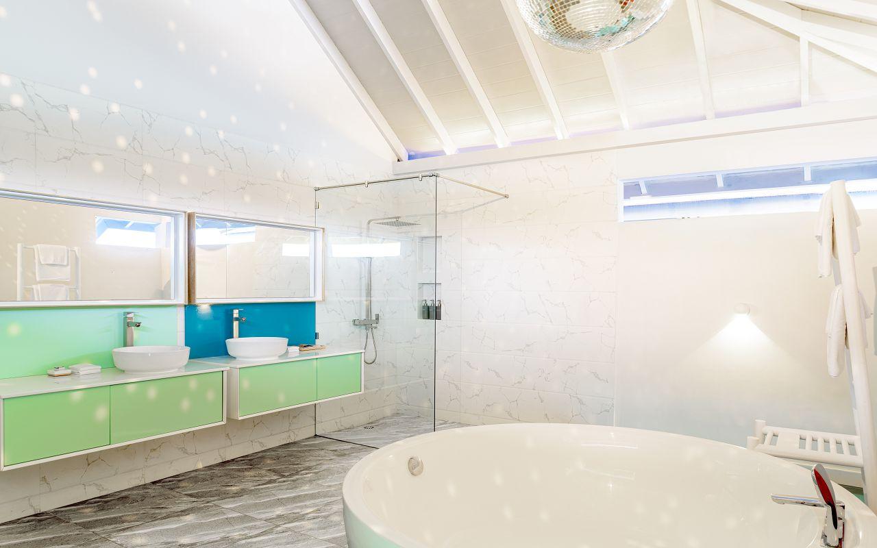 2 Bedroom Ocean Beach Villa (2)