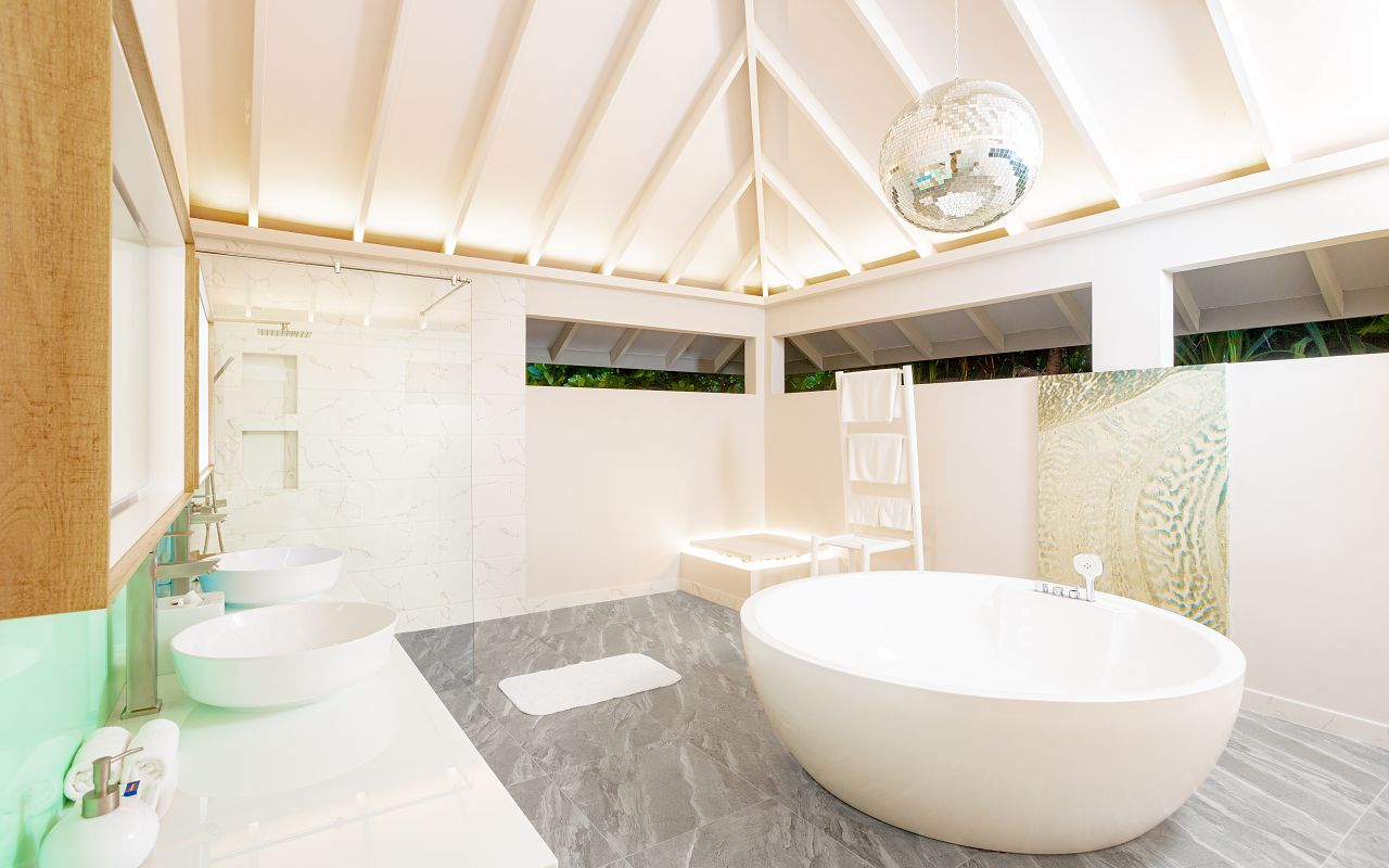 2 Bedroom Ocean Beach Villa (3)