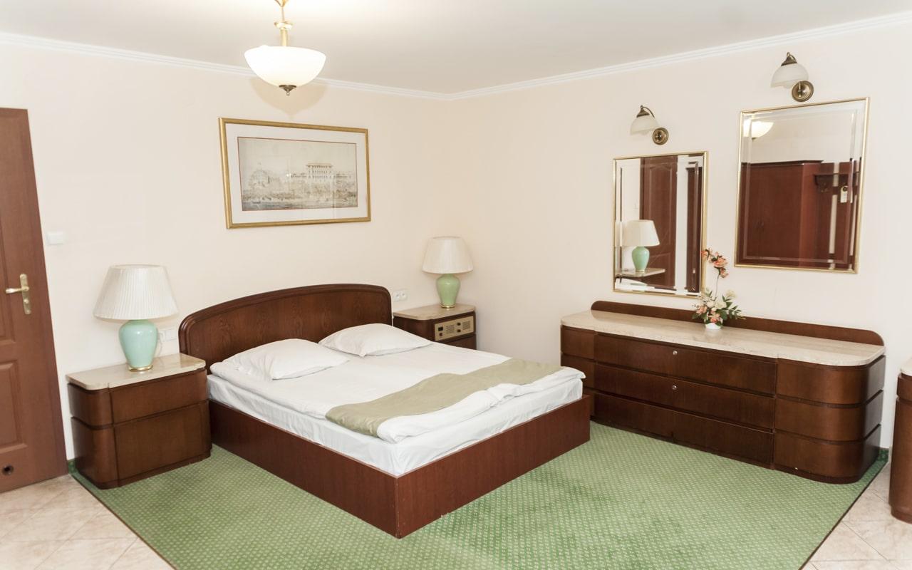 Hotel Hit Warsaw (2)