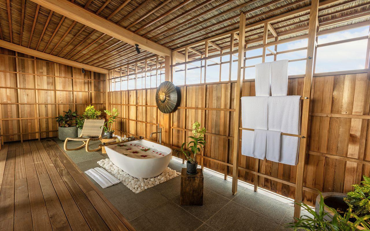 Kudadoo Residence Bathroom 01