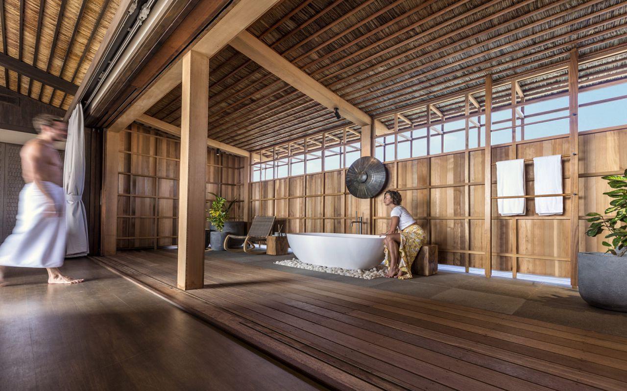 Kudadoo Residence Bathroom