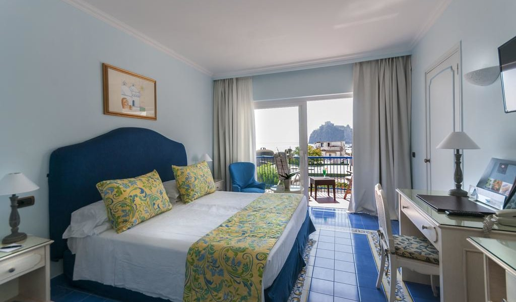 Comfort Double Room with Sea View-min