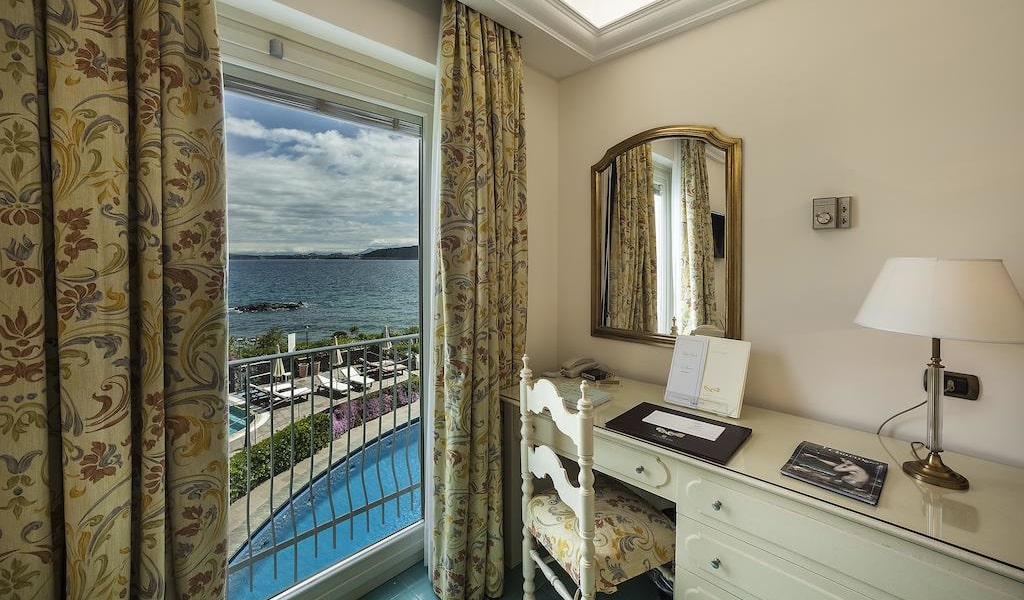 Comfort Double Room with Sea View3-min