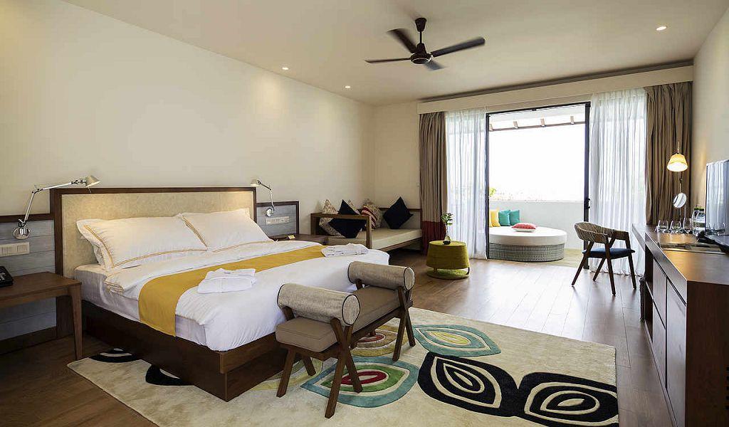 Double Room Sea View Superior (2)