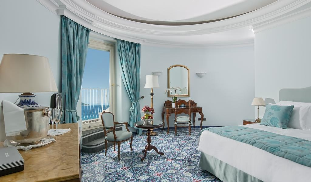 Grand Suite-min