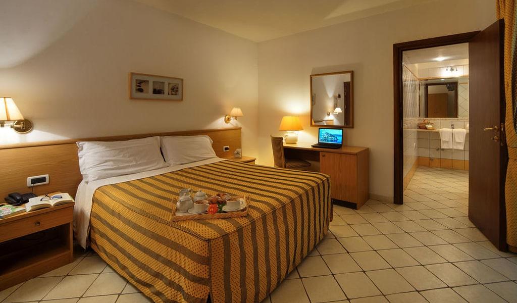 Hotel La Luna (13)