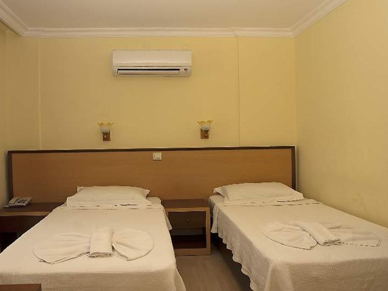 Kemper Felice Hotel10-min