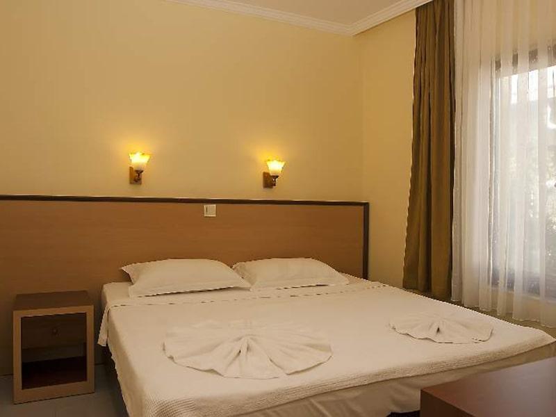 Kemper Felice Hotel11-min