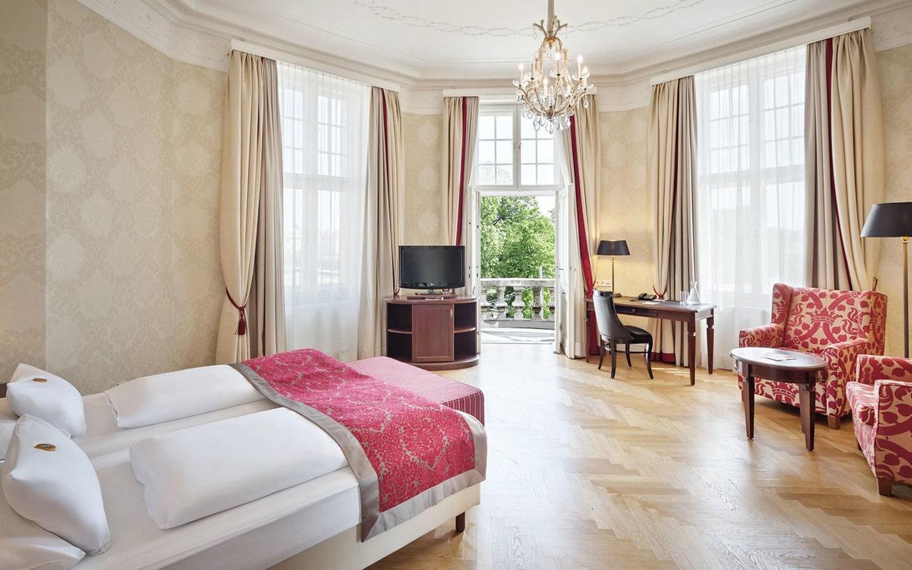 Parkhotel Schonbrunn (10)