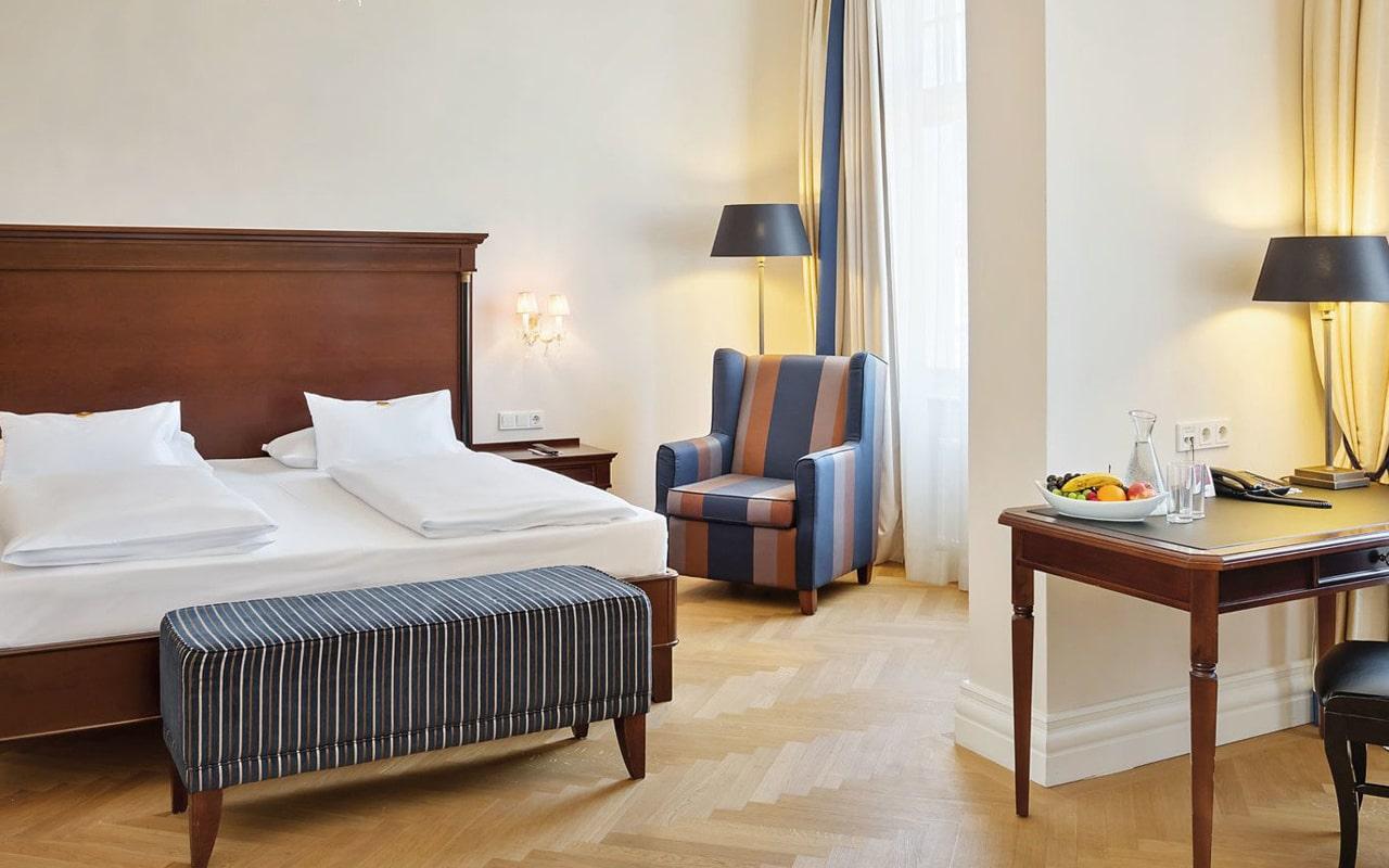 Parkhotel Schonbrunn (12)