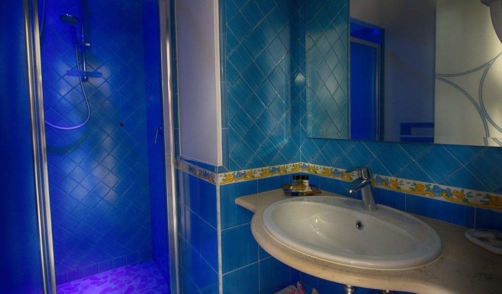 Superior Double or Twin Room with Sea View 3-min