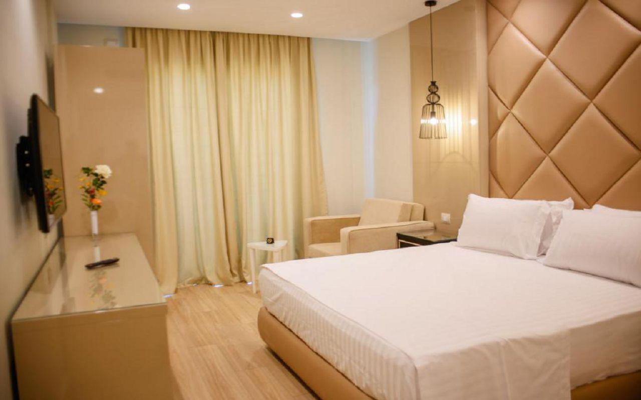 Luxury Hotel (17)