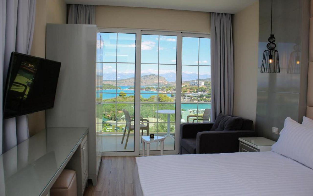 Luxury Hotel (18)
