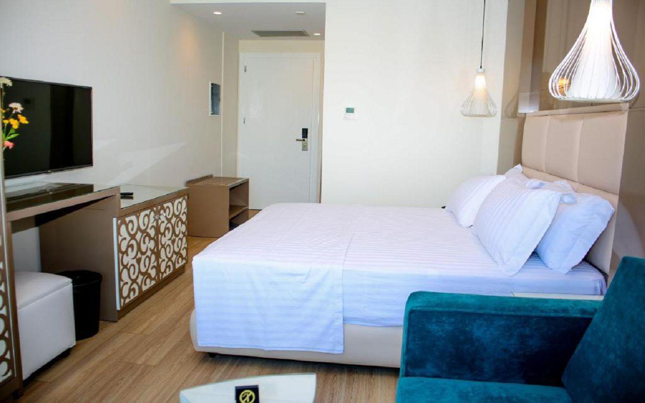 Luxury Hotel (5)