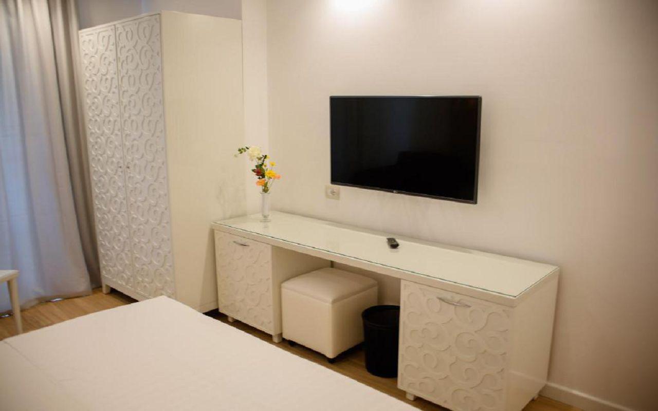 Luxury Hotel (6)
