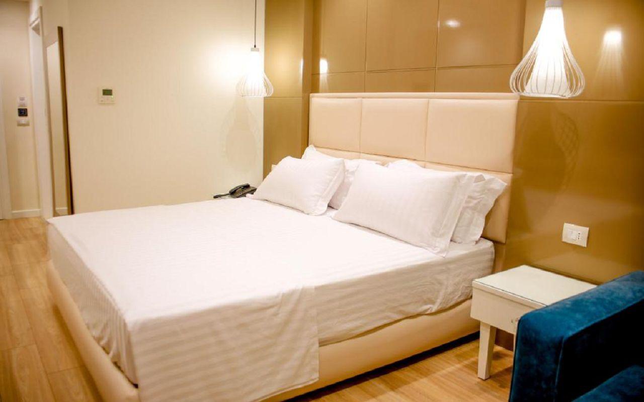 Luxury Hotel (7)