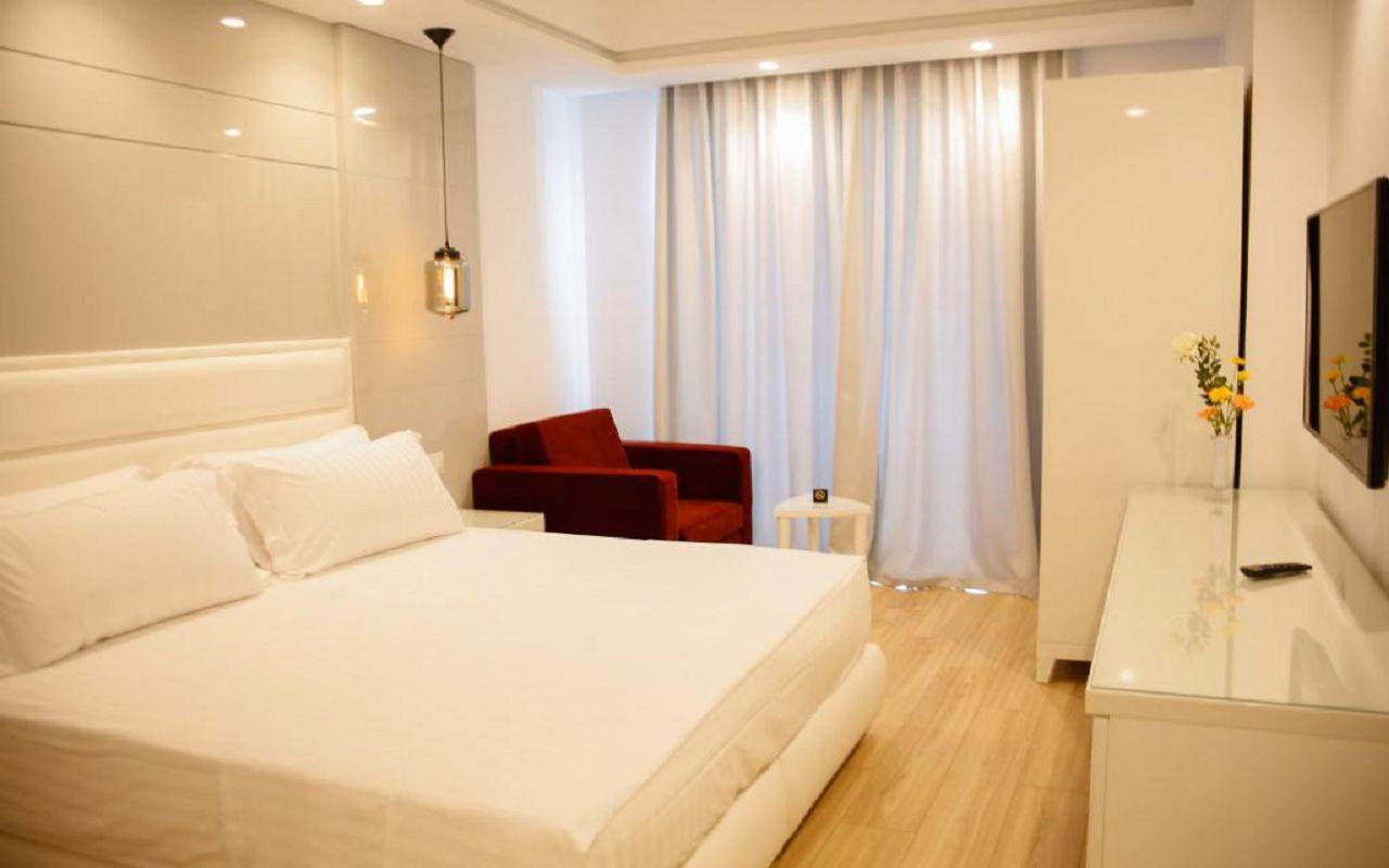 Luxury Hotel (9)