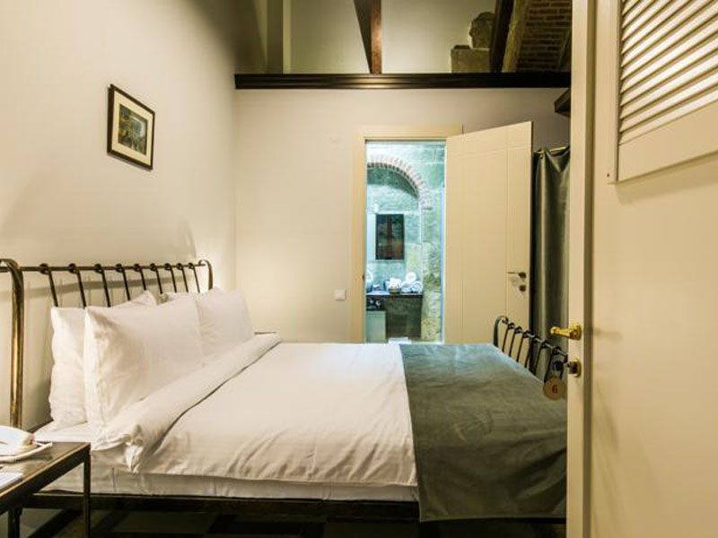 Standard Double Room 9