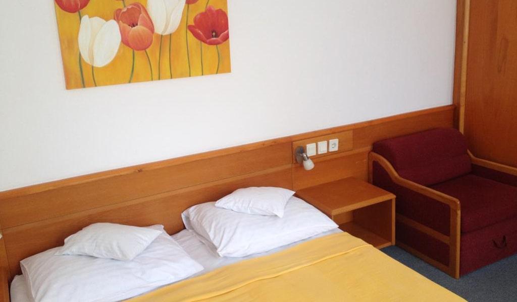 Apart Hotel (20)