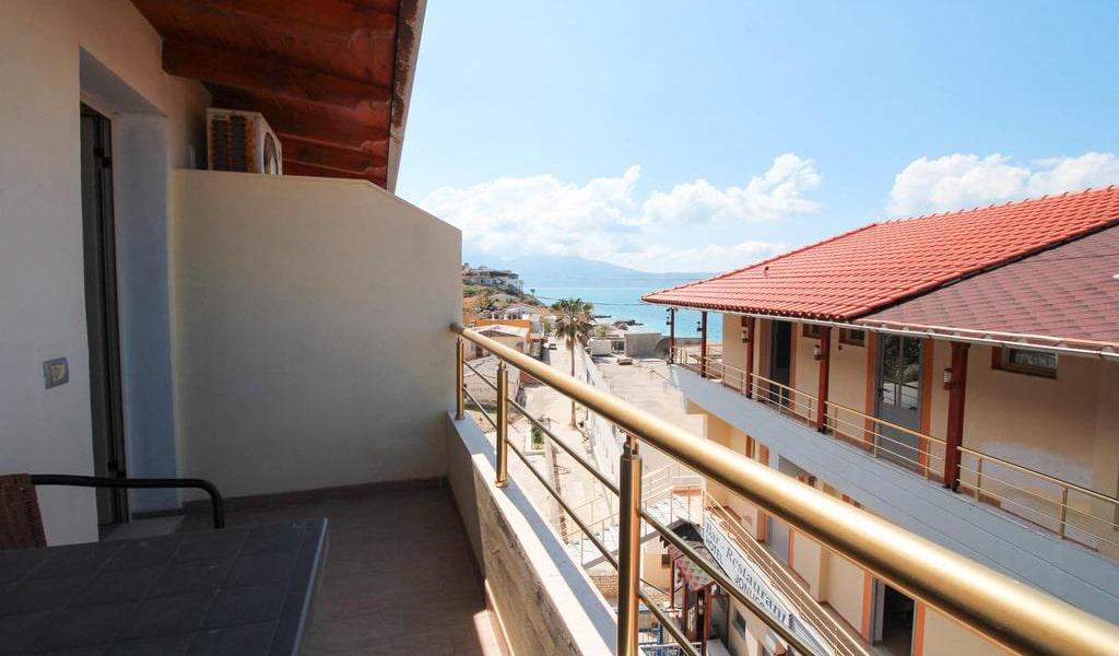 Apartment with Balcony 4-min
