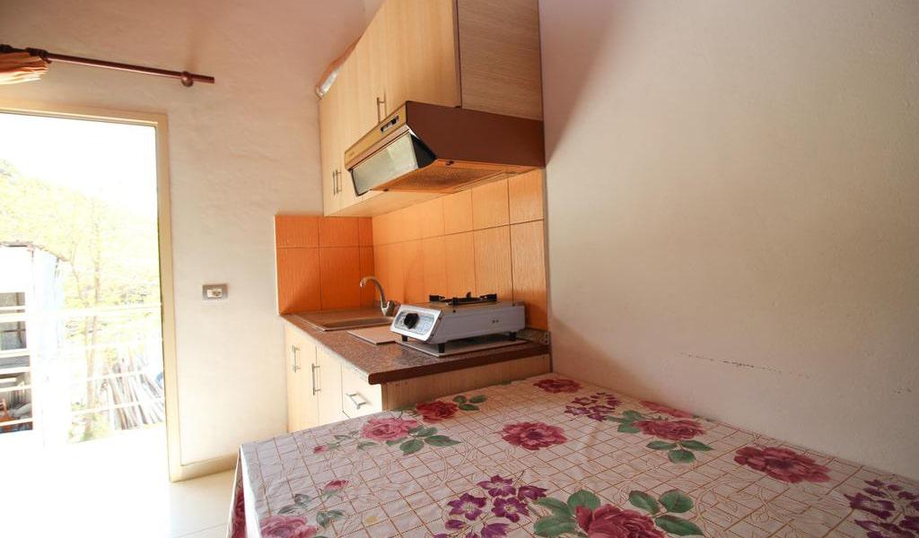 Apartment with Balcony 7-min