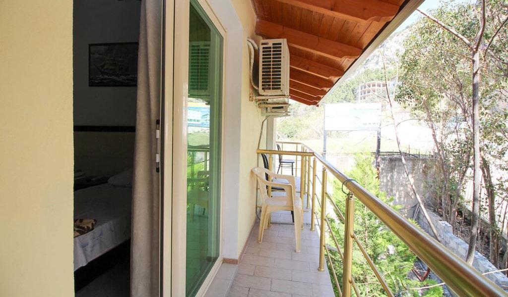 Apartment with Balcony-min