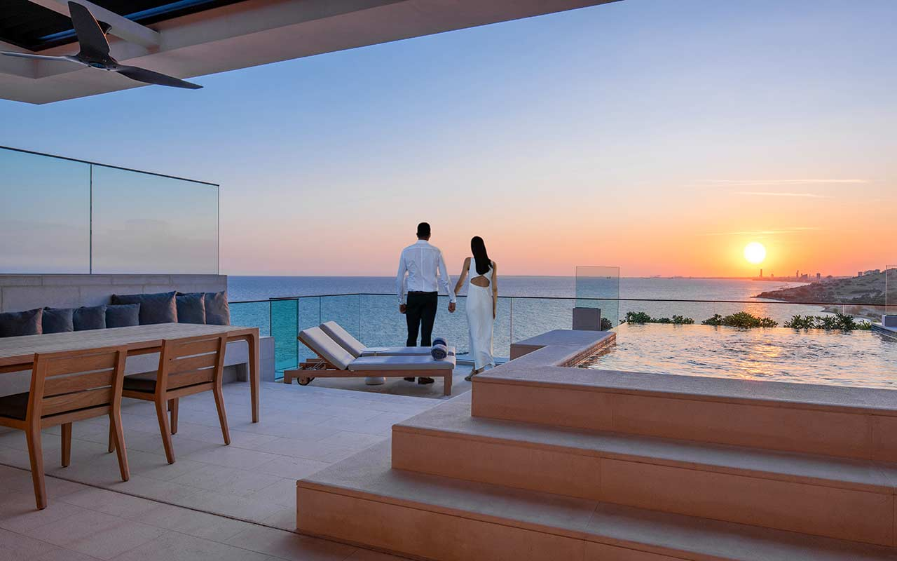 Duplex-Roof-Top---Terrace-with-Private-Pool+Guests