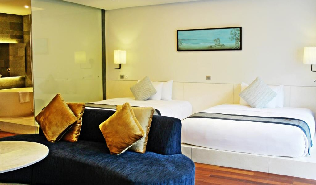 Family Suite (4 Adults)-min