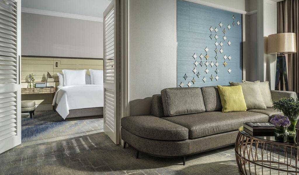 Four Seasons Hotel (17)