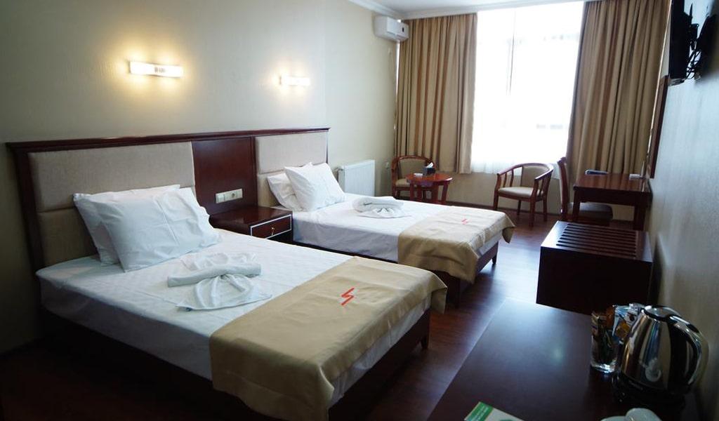 Hotel 725 (10)