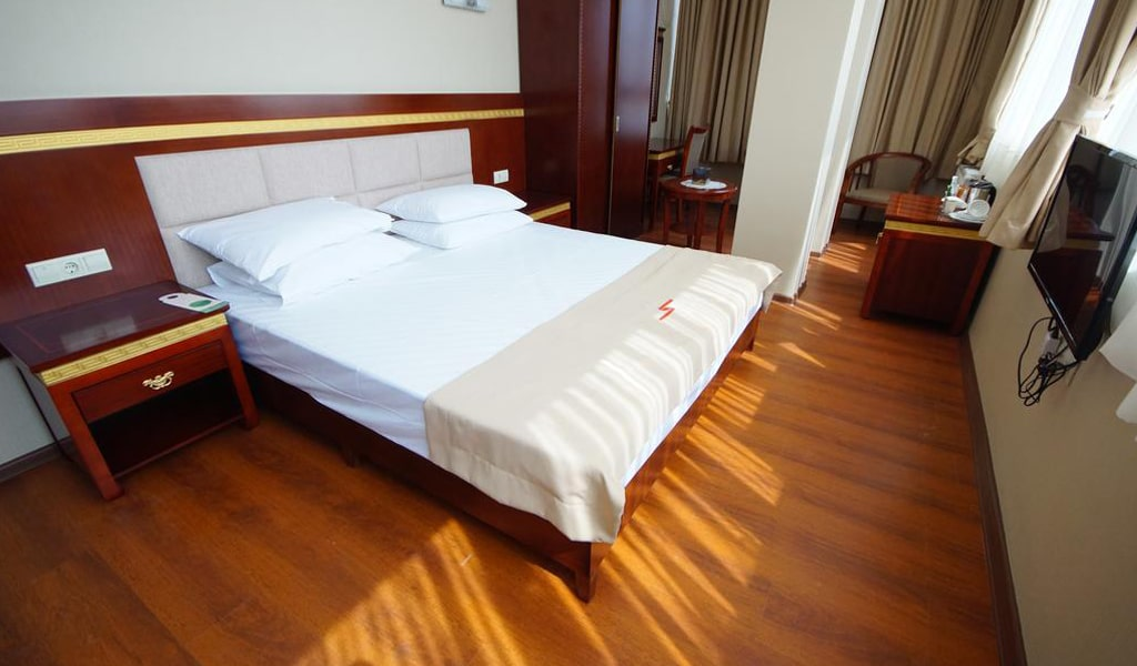 Hotel 725 (13)