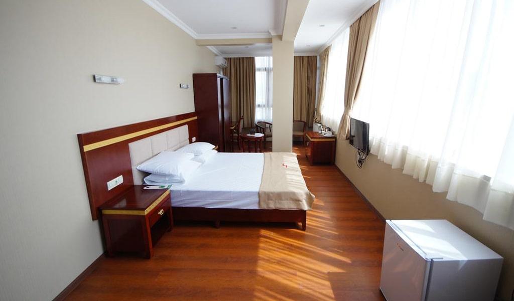 Hotel 725 (17)