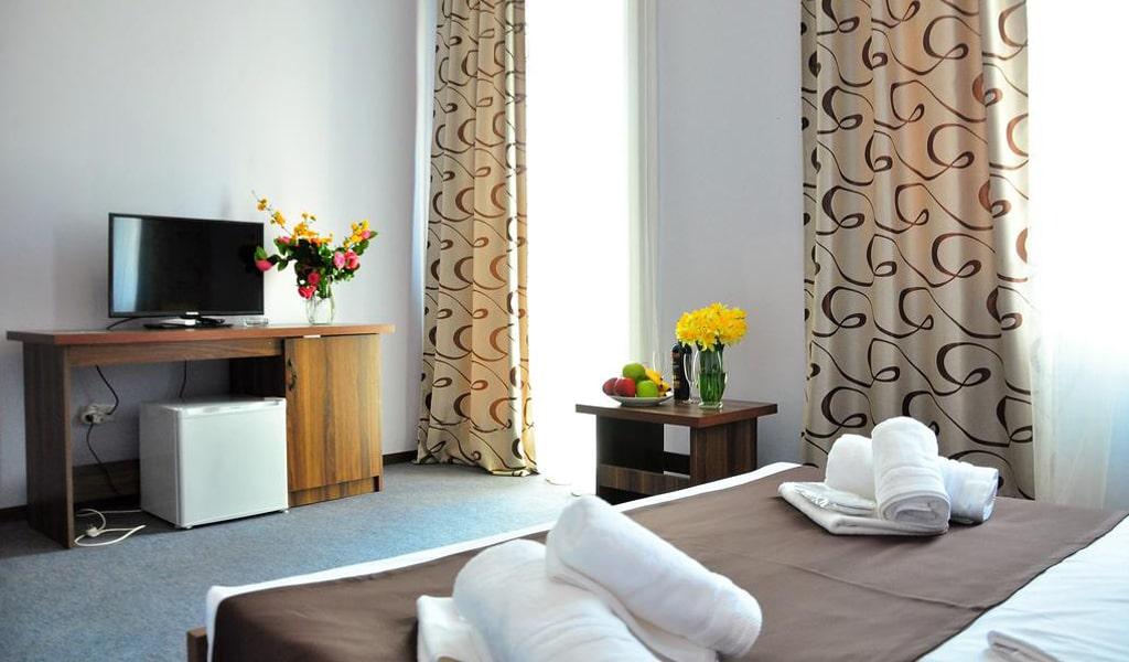 Hotel Reness (10)