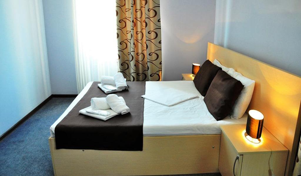 Hotel Reness (8)