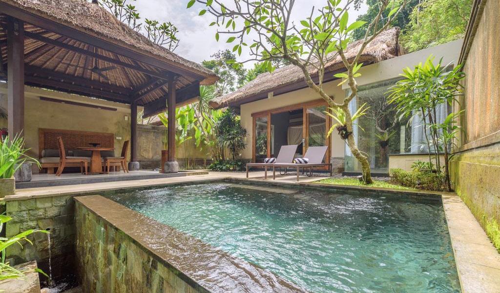 Luxury Villa with Private Pool 3-min